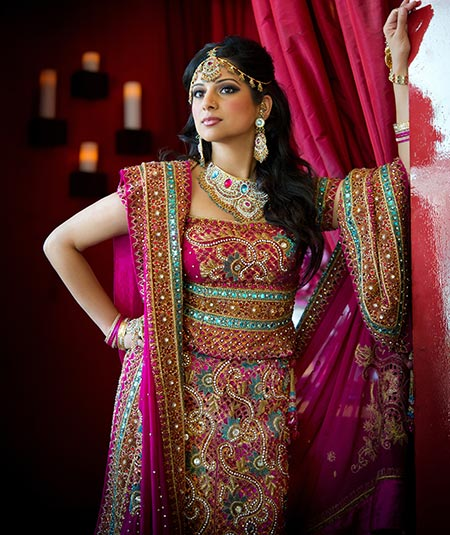 traditional-wedding-dresses-india